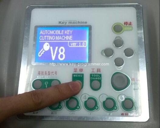 v8-x6-key-cutting-machine-1