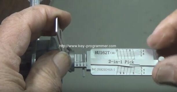 VW-HU162-10-lock-picking-1