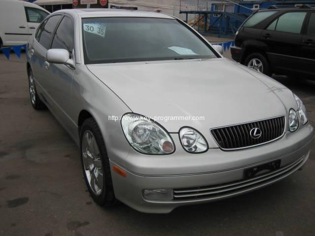 lexus-gs300-2004
