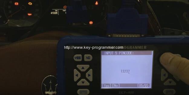 skp900-program-maserati-remote-key-14