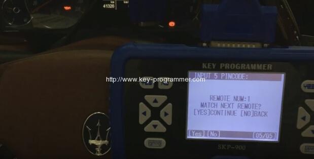 skp900-program-maserati-remote-key-17