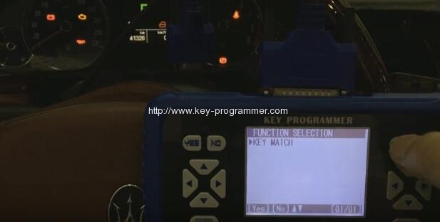 skp900-program-maserati-remote-key-5