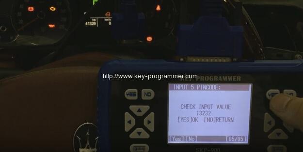 skp900-program-maserati-remote-key-9