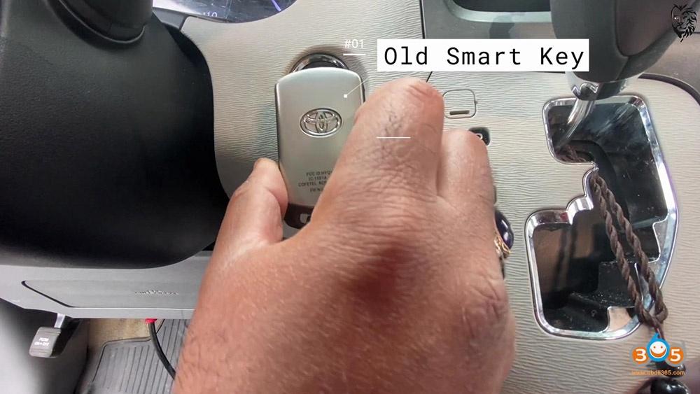 Autel Maxisys Elite Program Toyota Sienna 2013 Smart Keyfob 23