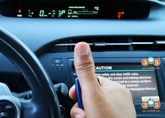 Lonsdor K518 2011 Toyota Prius 19