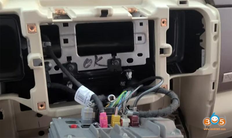 Autel Im608 2018 Dodge Ram 3500 Key Fob 1